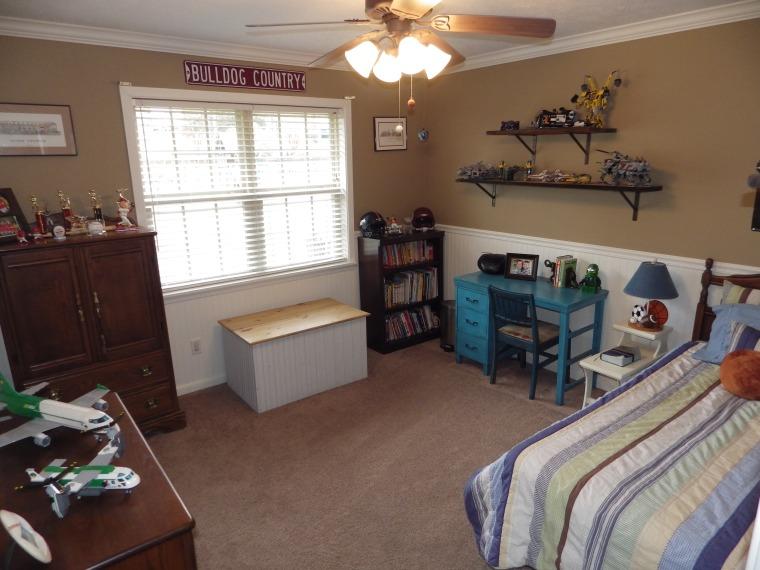 J-Bedroom 1