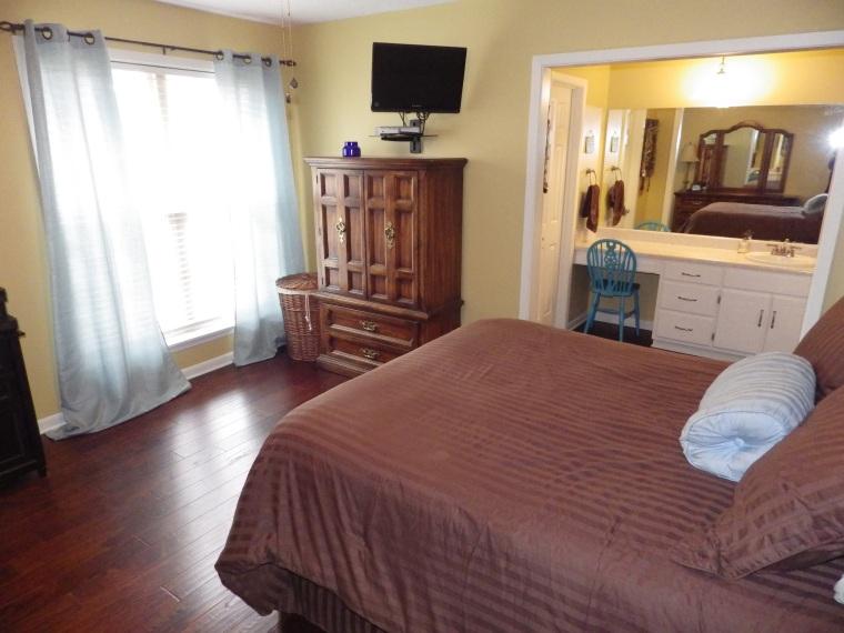 N-Master Bedroom