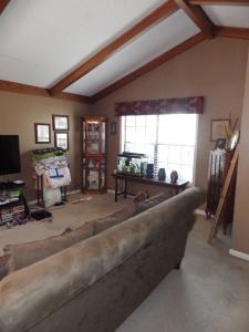 B-Living Room
